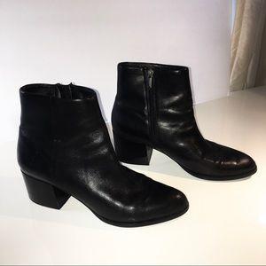 Sam Edelman Short Zip Boots